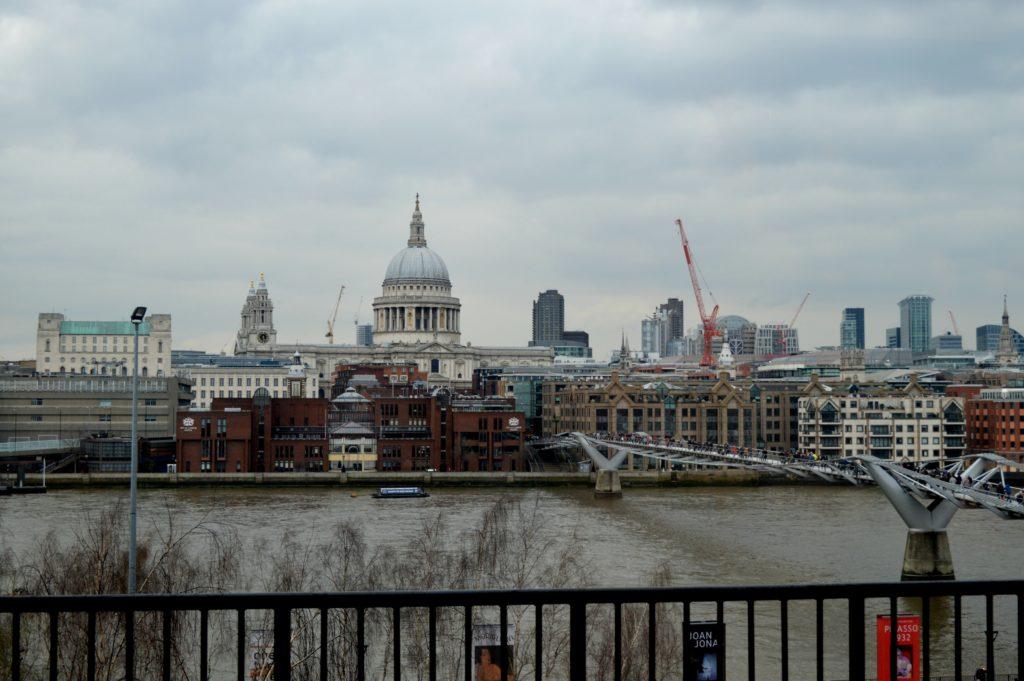 St. Paul Church views from Tate Modern
